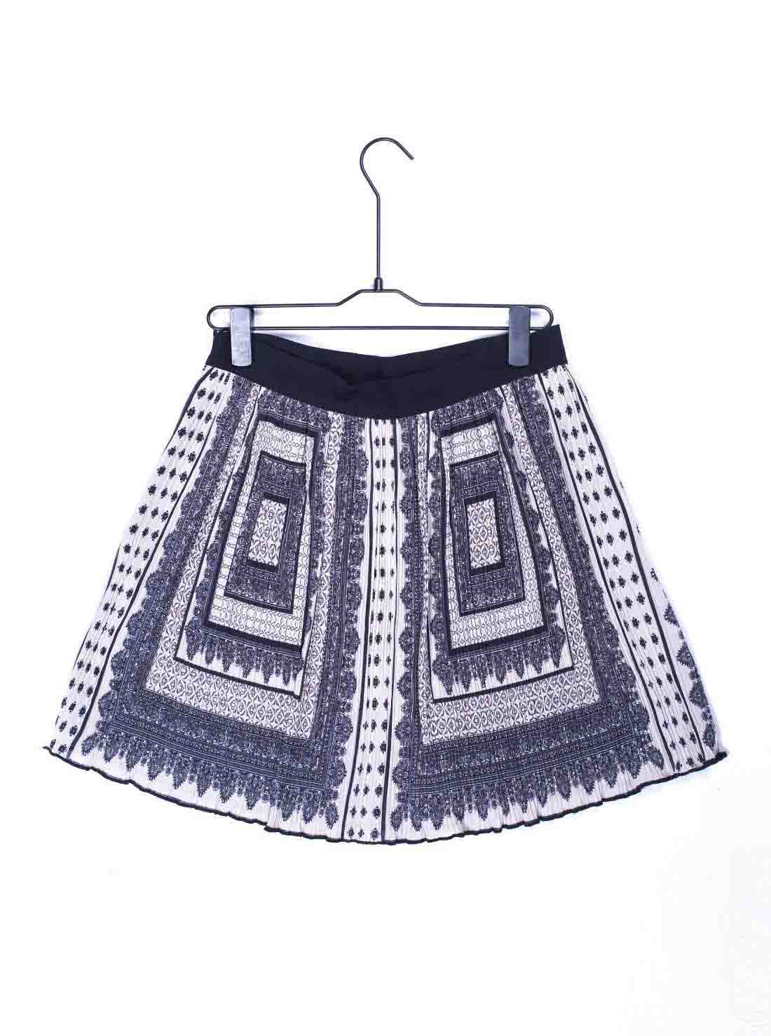 Ladies All Over Print Pleat Skirt