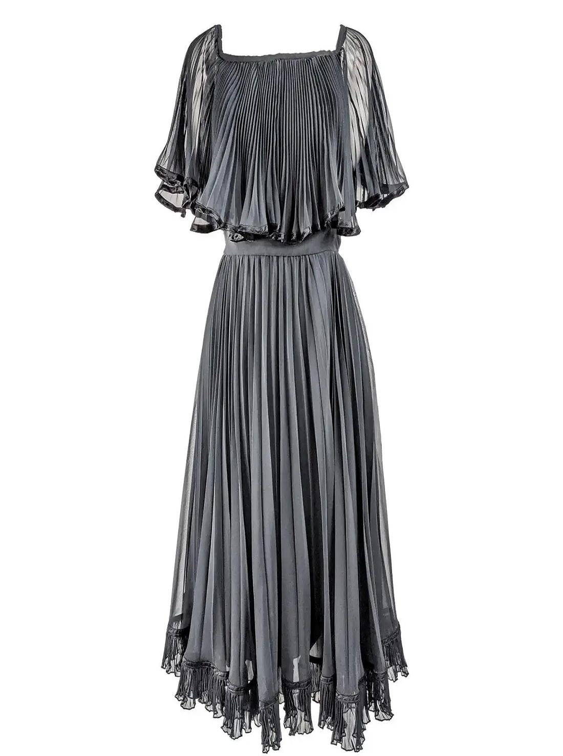 Wholesale Vintage Pleated Chiffon Dresses