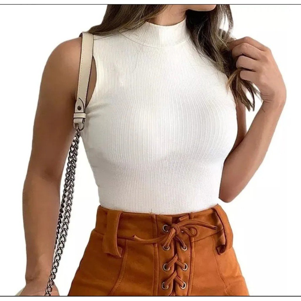 Tank Top on Casual Look